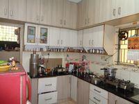 12NBU00235: Kitchen 1