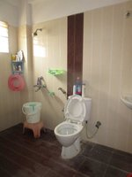 13DCU00428: Bathroom 1