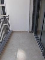 12NBU00263: Balcony 1