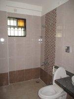 13DCU00509: Bathroom 2
