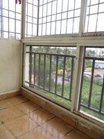 15OAU00136: Balcony 1