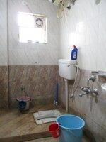 15OAU00136: Bathroom 2