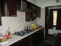 1: Kitchen