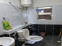 13F2U00443: Bathroom 1