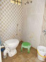 13M5U00061: Bathroom 2