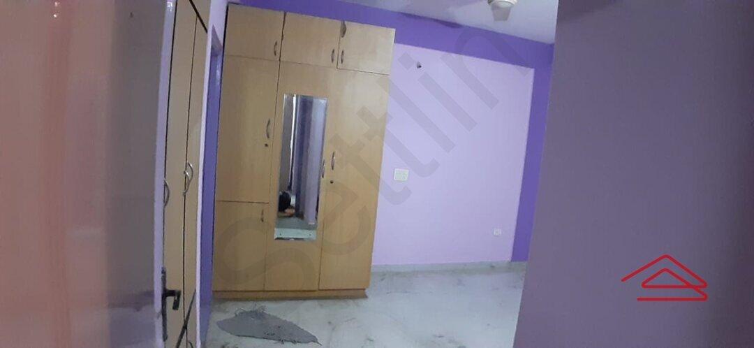 15J1U00356: Bedroom 1