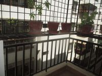 12F2U00124: Balcony 1