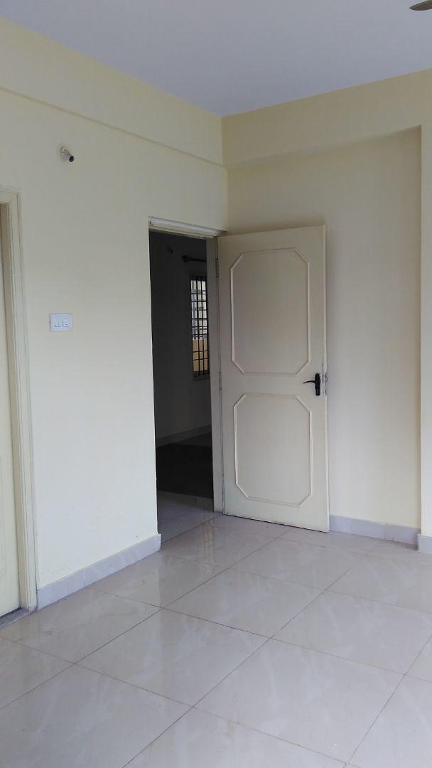 10F2U00192: Bedroom 1