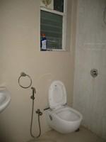 11J6U00236: Bathroom 2