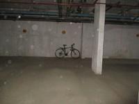 11J6U00236: parking 1