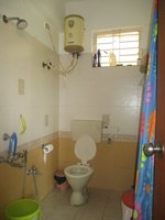 14F2U00225: Bathroom 1