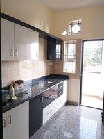 13OAU00305: kitchens 1