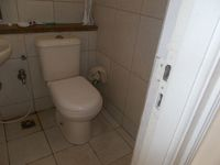 13A4U00068: Bathroom 1