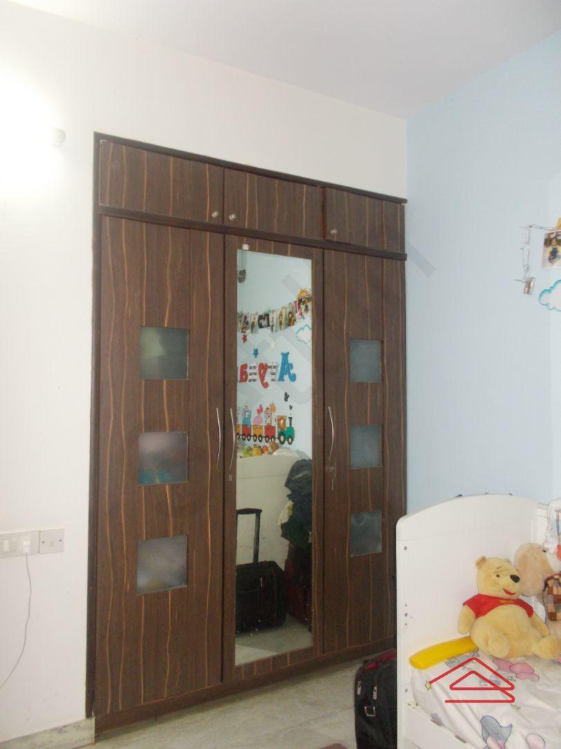 13J7U00022: Bedroom 1