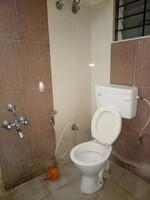11J6U00186: Bathroom 1