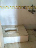 12J6U00009: Bathroom 2