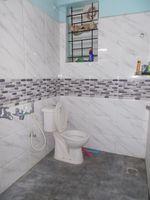 11S9U00247: Bathroom 3