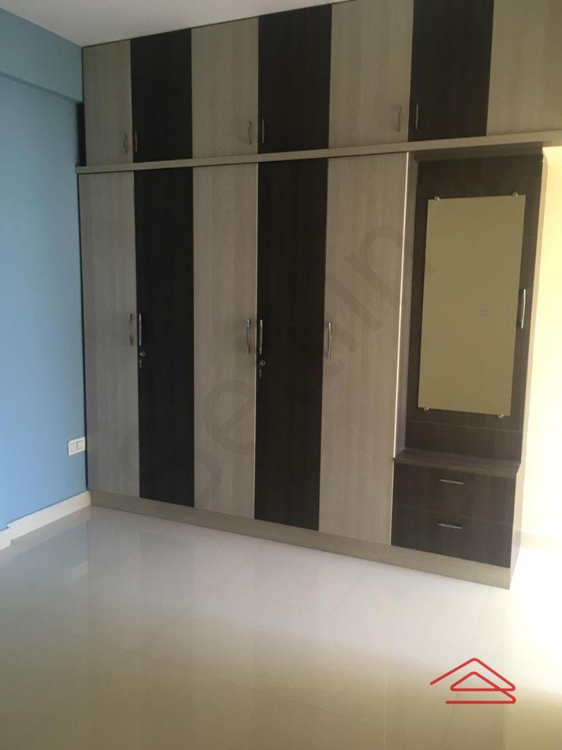 13M5U00308: Bedroom 1