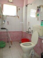 15M3U00183: Bathroom 2