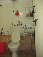 15M3U00183: Bathroom 1
