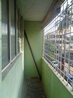 12OAU00186: Balcony 1