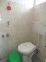 12OAU00186: Bathroom 1