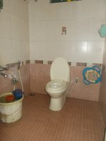 13A8U00292: Bathroom 2