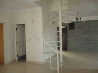 13J1U00189: Hall 1