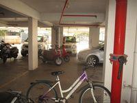 13J1U00189: parking 1