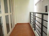 12J1U00265: Balcony 1