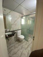 15A4U00030: Bathroom 2