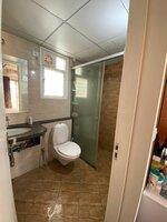 15A4U00030: Bathroom 1
