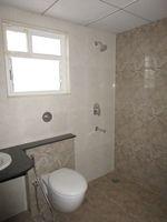 13J7U00151: Bathroom 1
