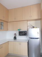 13J6U00019: Kitchen 1