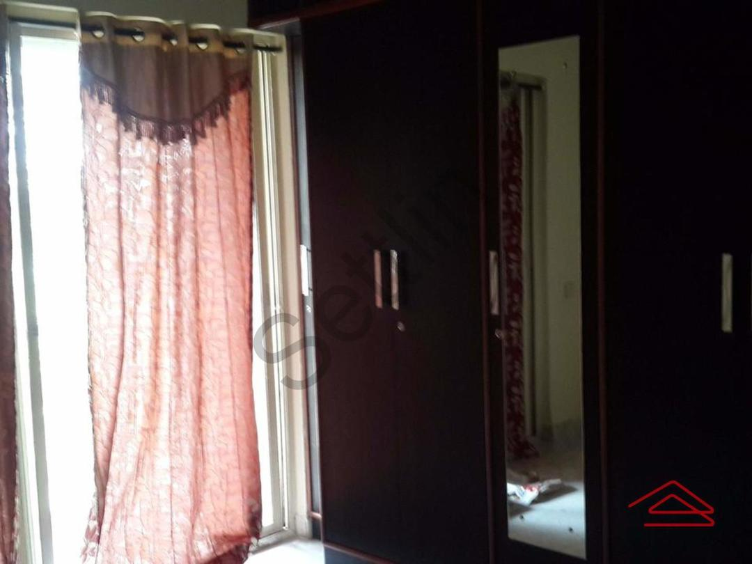 11J1U00015: Bedroom 1