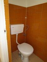 15M3U00057: Bathroom 5