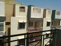 11DCU00449: Balcony 2