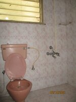 15S9U00959: Bathroom 2