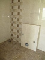 15A4U00153: Bathroom 1