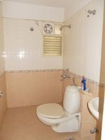13M5U00245: Bathroom 3