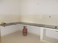 13M5U00245: Kitchen