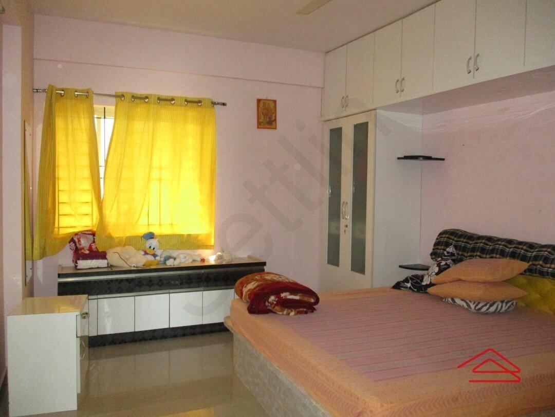 15M3U00026: Bedroom 1