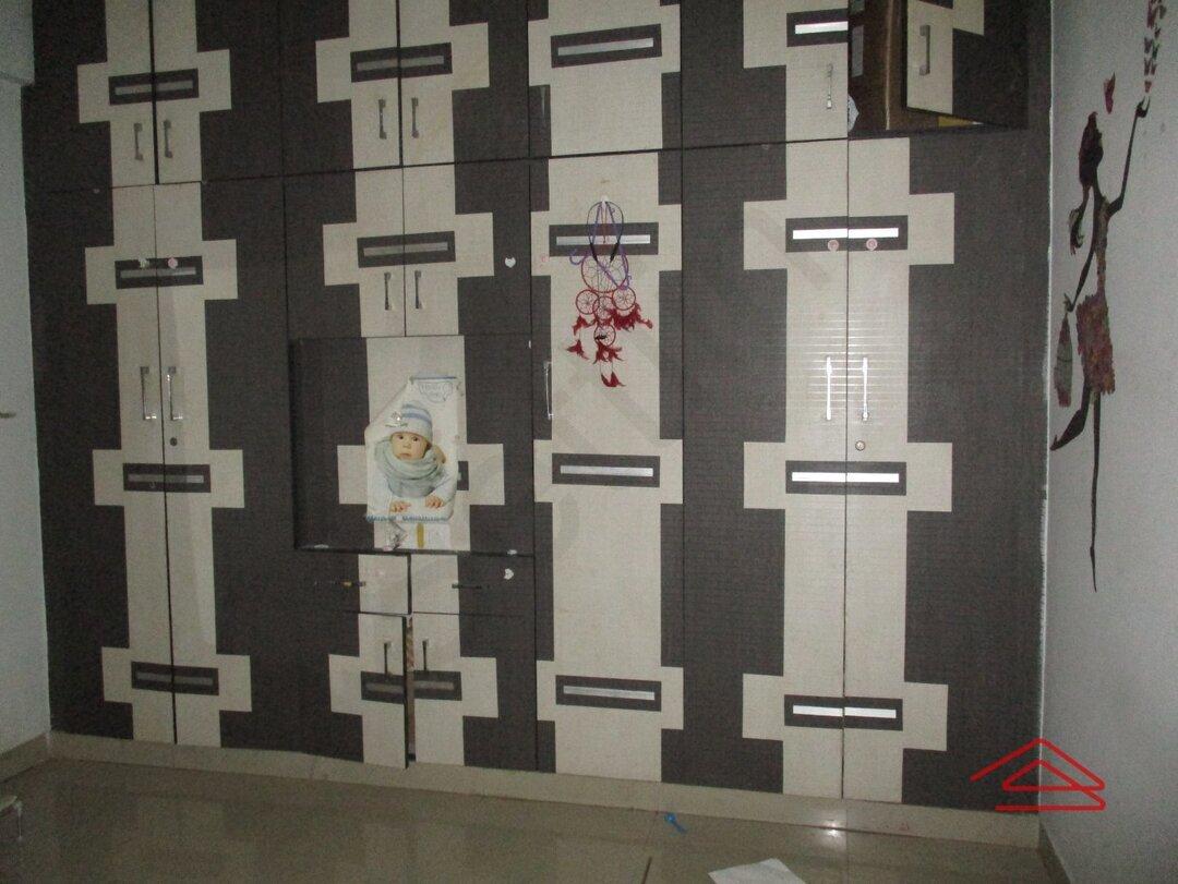 15S9U00989: Bedroom 1