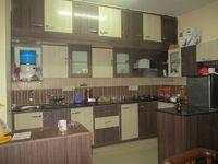 11NBU00323: Kitchen 1