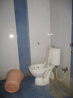 11M5U00230: Bathroom 1
