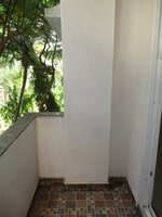 15OAU00130: Balcony 1