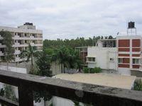 13J7U00042: Balcony 1