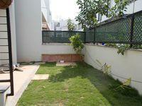 13J1U00287: Garden 1