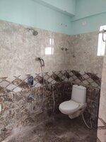 15S9U00975: Bathroom 1