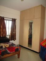 10J7U00159: Bedroom 2